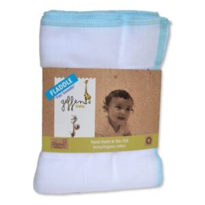 Le fladdle en molleton de chanvre s'utilise avec une culotte de protection comme couche lavable, ou comme une couverture d'emmaillotage